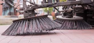 Gründliche Reinigung durch professionelle Kehrmaschinen